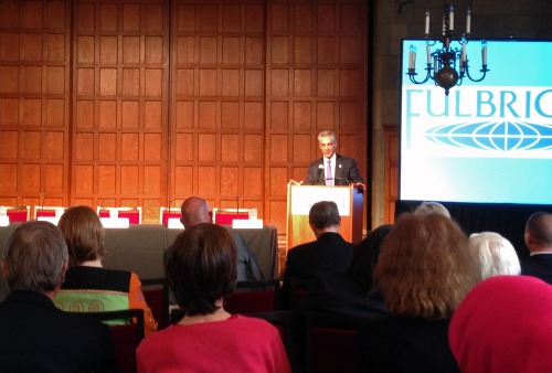 Chicago Mayor Rahm Emanuel welcoming the audience to the MOOCs panel discussion