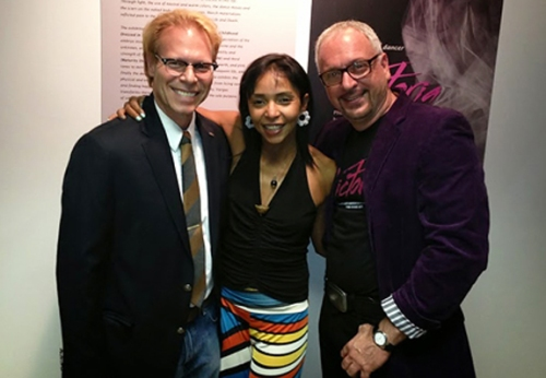 Ron Harvey, Fulbright Chicago Chapter president, dancer Victoria Vargas and photographer Alberto March
