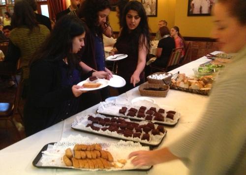 Fulbrighters enjoying dessert at the International Education Week Luncheon