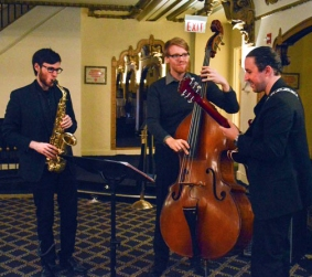 Columbia College Chicago Jazz trio provided excellent live music.
